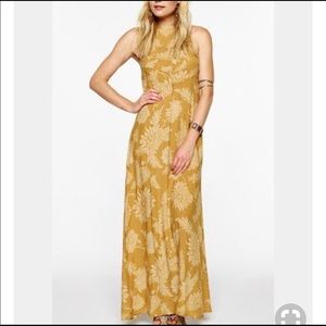 Novella Royale Moonfire Dress!